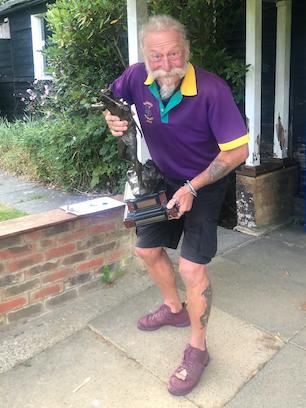Gary's Champion Gent Longbow trophy